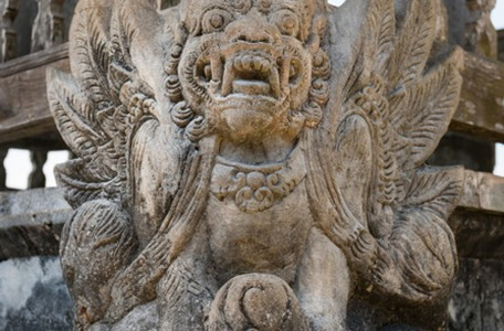 statue-daemon-bali