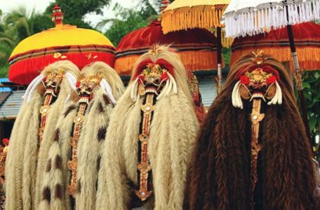 traditionelle-barong maske-ubud